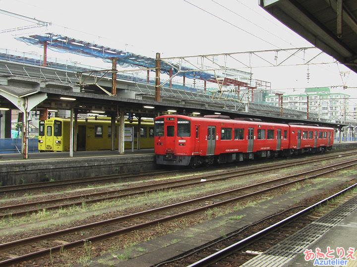 Y-DC125と200DC(大分駅)