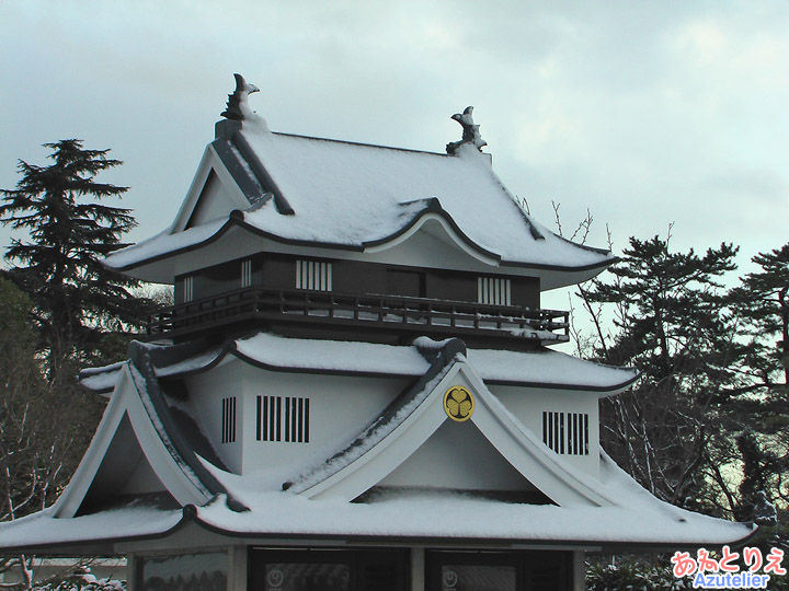 雪の岡崎城??