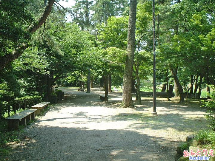 石垣の中(竹千代橋)
