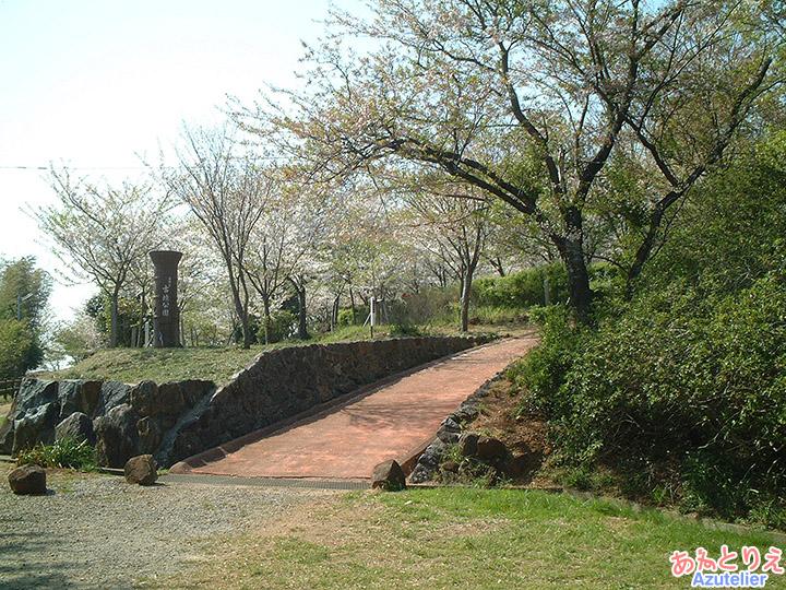 古墳公園全景