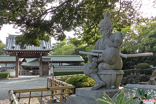 岡崎公園:しかみ像