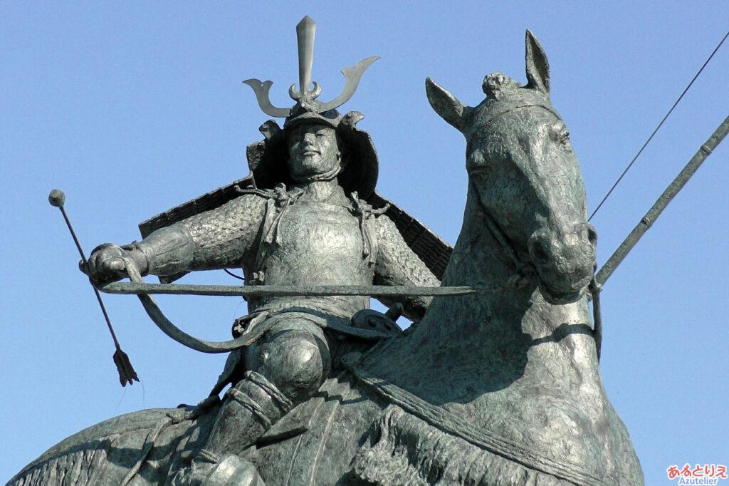 徳川家康騎馬像