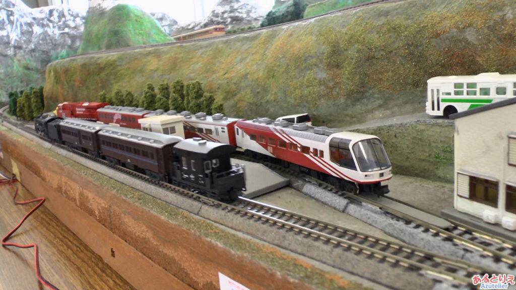 秋の南公園まつり鉄道模型走行展示2013(再生時間03:38)